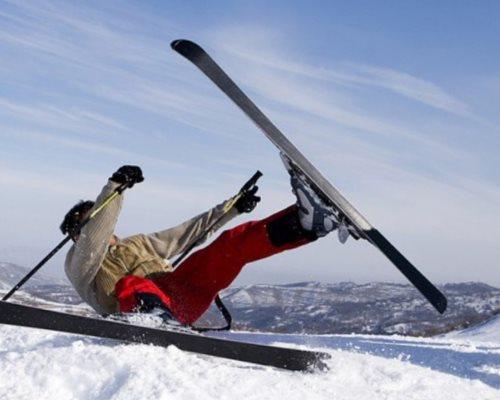 Процент травм, полученных на горнолыжных трассах и вне их