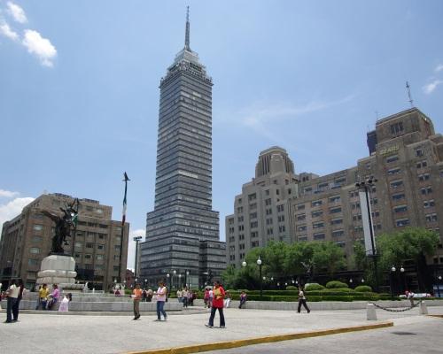 Латиноамериканская башня и замечательная панорама столицы Мексики