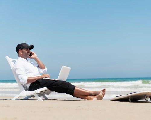 Как можно зарабатывать деньги путешествуя