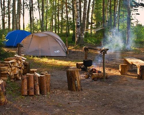 Что такое палатки и каремат, столь необходимые для похода