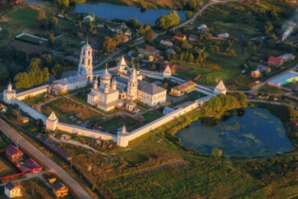 Переславль-Залесский – в обличии святых монастырей