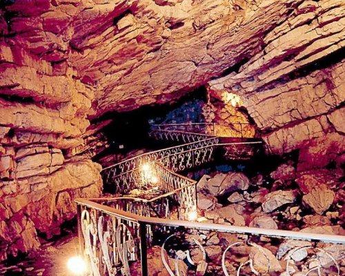 Воронцовские пещеры - путешествие в подземных лабиринтах