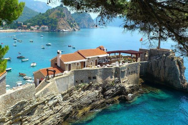 Черногория – прекрасное место для отдыха семьей
